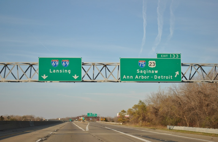 Interstate 69 runs through the middle of many Michigan cities, including Flint. (Photo credit: Alex Nitzman)